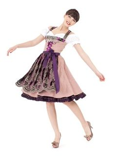 Dirndl by Lola Paltinger #fashion #style #dirndl