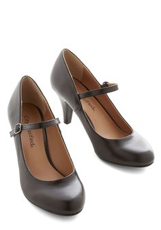 Talk of the Office Heel in Noir. From the conference room to the water cooler, your precious and profesh Mary Jane heels have been receiving almost as many accolades as the ace presentation you just gave. #black #modcloth