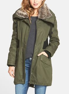Every wardrobe needs a utility parka. It's seriously so versatile: pair with a dress and chunky boots during the autumn-to-summer transitioning period, or with skinny jeans and black booties.