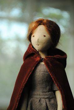 Cloth doll with velvet cloak by Willowynn Stoffpuppe mit Samtmantel von Willowynn Doll Clothes Patterns, Doll Patterns, Sewing Patterns, Doll Drawing, Drawing Tips, Sewing Dolls, New Dolls, Waldorf Dolls, Soft Dolls