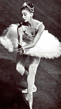 Dame Margot Fonteyn.