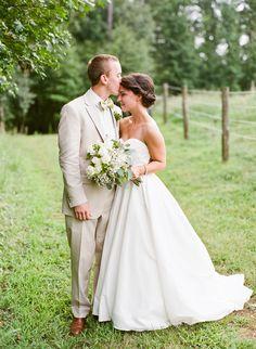 Simple Alabama Barn Wedding by Mandy Busby - Southern Weddings Wedding Dress Men, Wedding Men, Hair Wedding, Wedding Bouquet, Summer Wedding, Southern Weddings, Real Weddings, Rustic Wedding Signs, Bridal Portraits