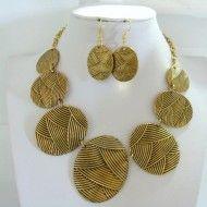 Necklace Golden Metal + Earrings