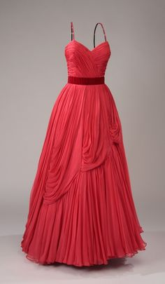 Evening Dress, 1950, made of chiffon - Please find a way into my closet and I will find a place to wear you!