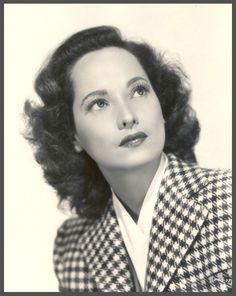 Merle OBERON '30-40 (19 Février 1911 - 23 Novembre 1979)