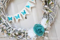 DIY Spring wreath and decor