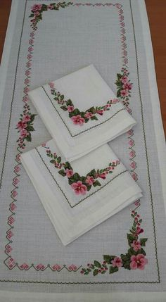 This Pin was discovered by Neş Hardanger Embroidery, Cross Stitch Embroidery, Embroidery Patterns, Cross Stitch Patterns, Cross Stitch Rose, Cross Stitch Flowers, Hobbies And Crafts, Diy And Crafts, Brazilian Embroidery