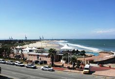 South African Beaches of Humewood in Porth Elizabeth The Beautiful Country, Beautiful Places, Best California Beaches, Port Elizabeth South Africa, Surfing Destinations, Clifton Beach, Durban South Africa, Exotic Beaches, Kwazulu Natal