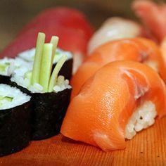 Best #sushi in town! Ungewöhnliches #ambiente in einem außergewöhnlichen Sushi-Restaurant Alle Bilder heute im Blog #yamamotograz #foodgasm #foodpic #instafood #foodies #foodie #foodshot #foodstagram #instafood #photooftheday #picoftheday #testesser #graz #steiermark #austria