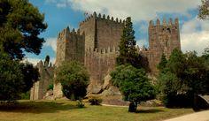 Os 10 mais bonitos castelos de Portugal - Castelo de Guimarães