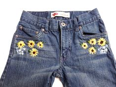 Girls Floral Hand Embroidered Jeans, Sunflower and Forget-me-not embroidery, Size Levi's 510 Girls Floral Hand Embroidered Jeans, Sunflower and Forget-me-not embroidery, Size Levi's 510 Diy Jeans, Painted Jeans, Painted Clothes, Embroidery Fashion, Hand Embroidery, Diy Bordados, Jeans For Short Women, Short Jeans, Embroidered Clothes
