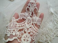 prettylaceshop Etsy listing at https://www.etsy.com/listing/163455140/beige-cotton-embroidered-mesh-lace-trims