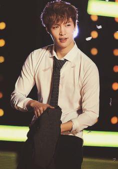 Lay Zhang Yixing EXO-M