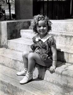 Shirley Temple in War Babies, Baby Burlesk, 1932.