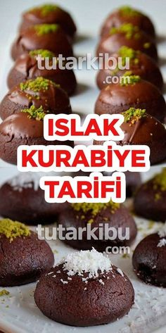 Islak Kurabiye Tarifi - - galletas - Las recetas más prácticas y fáciles Easy Cake Recipes, Cookie Recipes, Dessert Recipes, Beef And Potatoes, Biscuits, Turkish Recipes, Cheesecake Recipes, Food And Drink, Cooking