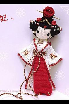 Amigurumi Geisha ❥ 4U hilariafina http://www.pinterest.com/hilariafina/ …
