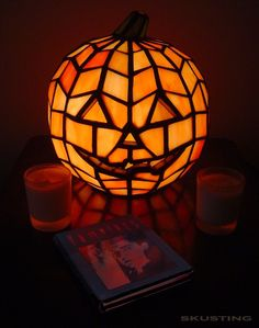 "7""H JACK O'LANTERN TIFFANY GLASS ACCENT LAMP 24733 $144.92"