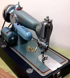 Beautiful Remington Deluxe Vintage Sewing Machine, restored by Stagecoach Road Vintage Sewing Machine