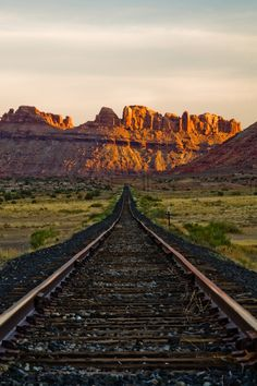 MOAB Utah one of the most beautiful places I've visited By Train, Train Tracks, Utah Usa, Moab Utah, Oh The Places You'll Go, Places To Visit, Trains, Diesel, The Great Outdoors