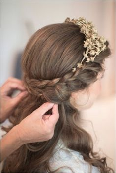 Two French Braid Hairstyles for Women. French braid hairstyles for short hair. Easy French braid hairstyles for curly hair. French Braid Hairstyles, Flower Girl Hairstyles, Down Hairstyles, Pretty Hairstyles, French Braids, Easy Hairstyles, Prom Hairstyles, School Hairstyles, Hairstyle Braid