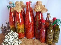 Faça & Venda: Pimenta em Conserva. Além de ser fácil de fazer, o custo de produção de pimentas em conserva é muito baixo e você pode vendê-las com bast