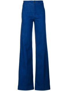 VICTORIA BECKHAM . #victoriabeckham #cloth #jeans