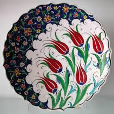 finish pattern visual result in relation to plate tiles – Ceramic Turkish Art, Turkish Tiles, Plate Wall Decor, Plates On Wall, Beautiful Flower Drawings, Artistic Tile, Tile Art, Islamic Art, Handicraft