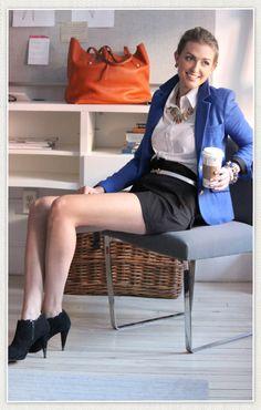 we LOVE how Cassie styled the Cobalt Cambridge via Tuckernuck. perfect office look #2pennyblue #cobaltblazer