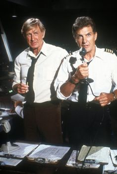 Lloyd Bridges and Robert Stack in Airplane! Lloyd was so funny in this movie! Funny Movies, Great Movies, Music Film, Film Movie, Airplane The Movie, Comedy Tonight, Robert Stack, Lloyd Bridges, Movie Lines