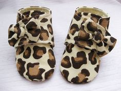 Girls handmade shoes leopard baby shoes baby by allthingsforbaby, $29.00.... I will be buying these