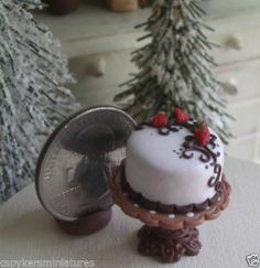 Dollhouse Miniature One Inch Scale Strawberry Cake by CSpykersMiniatures