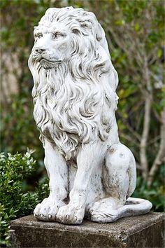 Promenade Lion Statue (Ezibuy)