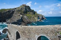 Where is Dragonstone? Gaztelugatxe and other Basque Country filming locations in Game of Thrones