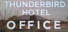 Marfa: Thunderbird Hotel