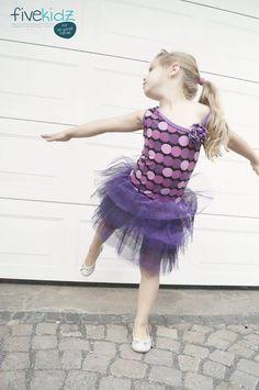 """Tutorial """"Little Ballerina Dress"""" - mach aus 2 Freebooks dieses tolle Tanz Kleid - 74-140"""