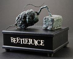 Beetlejuice: Stop Motion Potato Statue Miniature Display Holidays Halloween, Halloween 2017, Halloween Diy, Beatle Juice, Halloween Trophies, Beetlejuice Halloween, Wooden Display Stand, Movie Props, Stop Motion