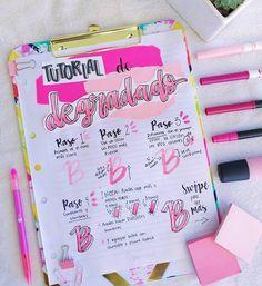 ¡HOLAAA! Tutorial de degradado amigosssss💖  #apuntes #studygram #school #dibujos Bullet Journal Banner, Bullet Journal Notes, Bullet Journal School, Bullet Journal Ideas Pages, Hand Lettering Alphabet, Brush Lettering, Lettering Design, Cute Notes, Pretty Notes