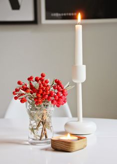 CIRKUS: Autumn decoration. Iittala Nappula - candle holder and little Vitriini - box.