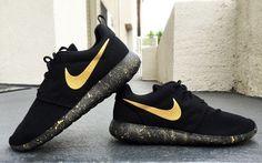 Womens et Mens Custom Nike Roshe, noir et or, noir, or, Splatter design, design d