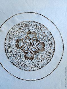 Купить Белоснежная скатерть венецианского игольного кружева - белый, скатерть, скатерть ручной работы