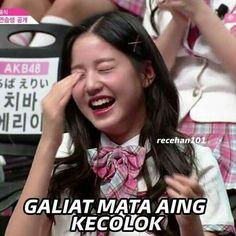 Ideas For Memes Kpop Schools Memes Funny Faces, Funny Kpop Memes, Memes Humor, Meme Meme, Jokes, Funny Quotes, Jimin, Girlfriend Humor, School Humor
