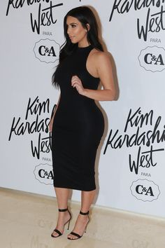 Kim Kardashian Supports Kylie Jenner's Lip Fillers, Offers Advice: Photo Kim Kardashian walks the carpet at the launch event for her fashion line in partnership with Brazilian superstore C&A on Monday (May in Sao Paulo, Brazil. Looks Kim Kardashian, Kardashian Style, Kardashian Jenner, Kylie Jenner Lip Fillers, Fashion Line, Love Fashion, Sheer Gown, Latex Dress, Poses