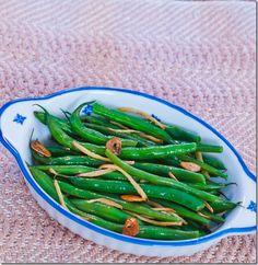 Pancake Ninja: Gingered green beans with garlic Ginger Green Beans, Garlic Green Beans, Vegetables, Food, Salads, Essen, Vegetable Recipes, Meals, Yemek