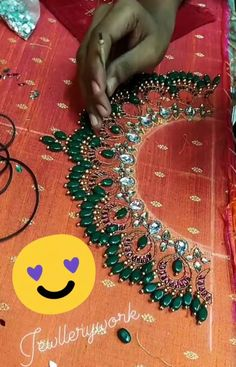 Hand Work Blouse Design, Kids Blouse Designs, Stylish Blouse Design, Bridal Blouse Designs, Hand Designs, Pattu Saree Blouse Designs, Dress Neck Designs, Kurti Embroidery Design, Hand Embroidery Dress