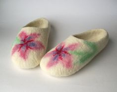Felted wool slippers hand painted white super by AldysCreations, $75.00