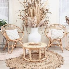 Warm hues like the wooden tans in the floors and white room, cream dividers and furniture, and wooden cane furniture … in 2020 (With images) Boho Living Room, Living Room Decor, Bedroom Decor, Living Spaces, Garden Furniture Inspiration, Deco Boheme Chic, Cane Furniture, Outdoor Furniture, Elegant Homes