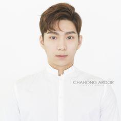 차홍아르더 » Dandy perm 차홍아르더 학동점 이수지 실장 Permed Hairstyles, Cool Hairstyles, Hair Style Korea, Asian Man Haircut, Two Block Haircut, Korean Men Hairstyle, Asian Hair, Haircuts For Men, Hair Looks