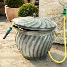 """Schlauch-Kübel """"Ritu"""" Praktischer Stammplatz für Ihren Gartenschlauch. Und zugleich ein edler Blickfang."""
