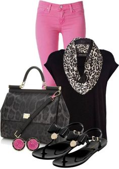 Pink jeans, black top, scarf  | Outfit | Style | Look | Pink Jeans | Leopard Print | Casual |