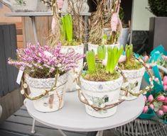 Planter Pots, Pastel, Wreaths, Spring, Cake, Door Wreaths, Deco Mesh Wreaths, Floral Arrangements, Crayon Art